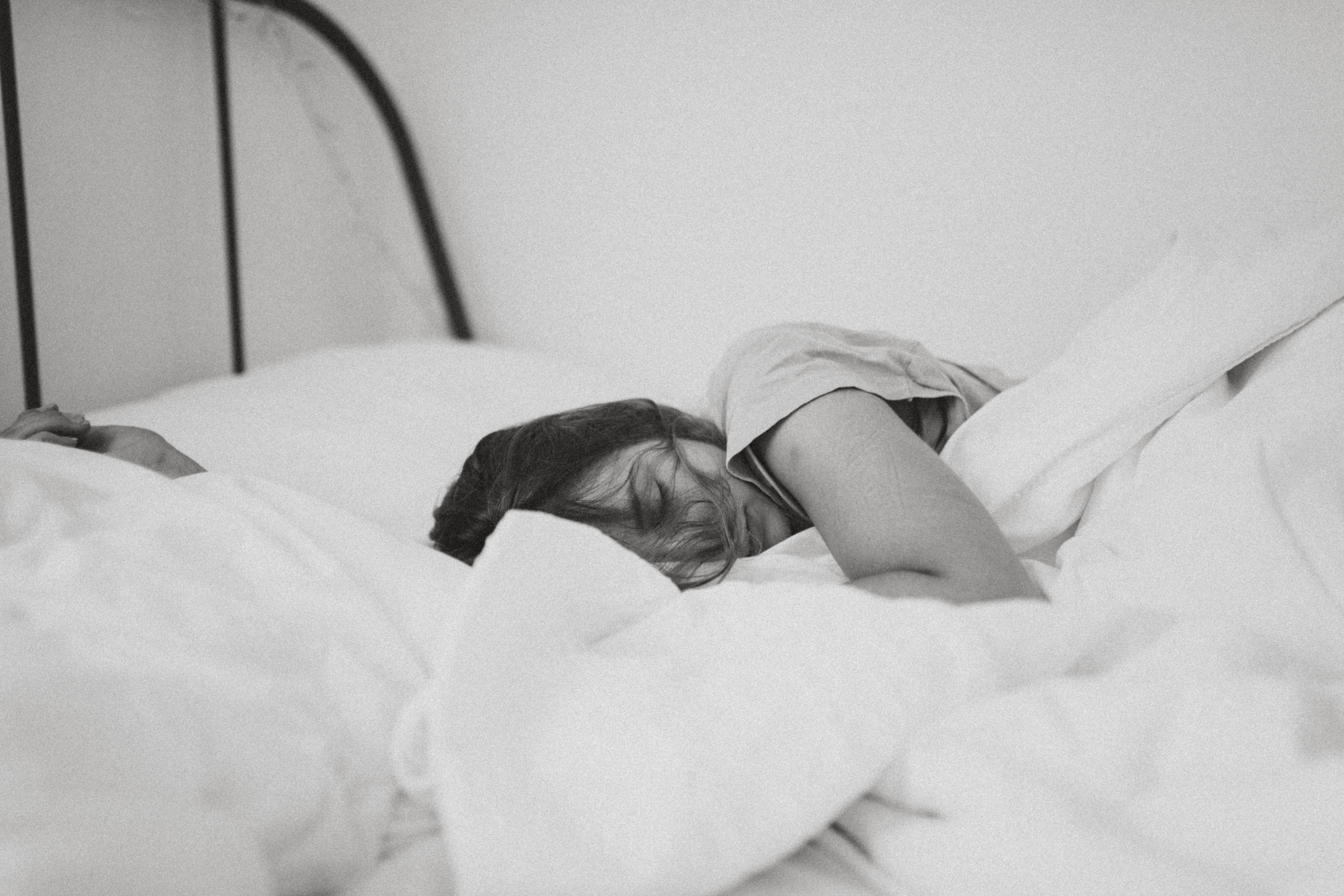 Watch Sleep and Weight Loss: How Sleep Affects Your Diet video