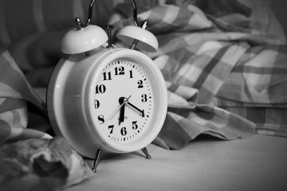 How having a consistent wake time can help you to sleep better