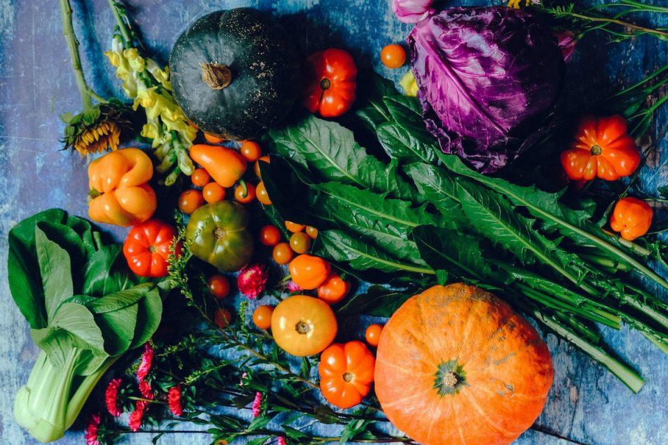 Vegetale intake array of vegetables